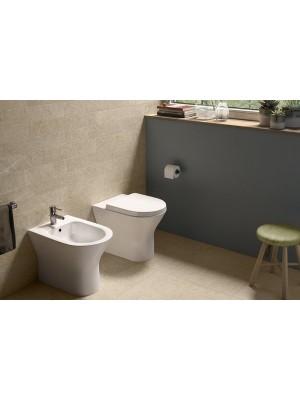 Set bagno completo bidet, vaso e sedile coprivaso RAK serie Resort a pavimento
